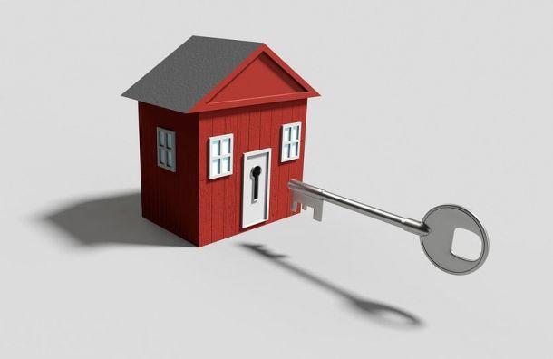 Большинство обманутых дольщиков Петербурга получат жилье в2019 году