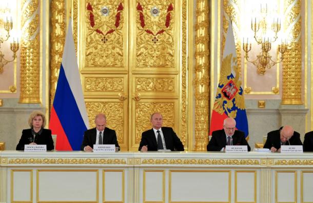 Путин неверит, что ФСБ может пытать людей