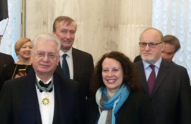 Михаил Пиотровский получил награду отпрезидента Франции