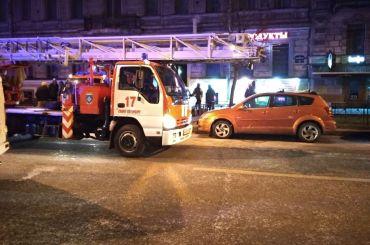 Два часа наЧайковского тушили пожар вквартире