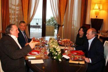 СМИ: Депардье планирует получить новосибирскую прописку
