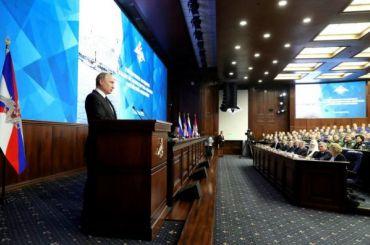 Путин потребовал укрепить боевой потенциал «ядерной триады»