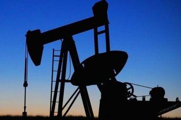 Мировые цены нанефть рухнули на13%