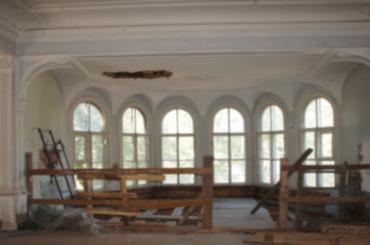 Реставрация вДеревянном здании оранжереи велись без разрешения