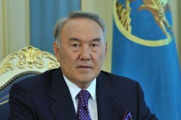 Назарбаев: у Путина нет желания отхватить кусок Украины