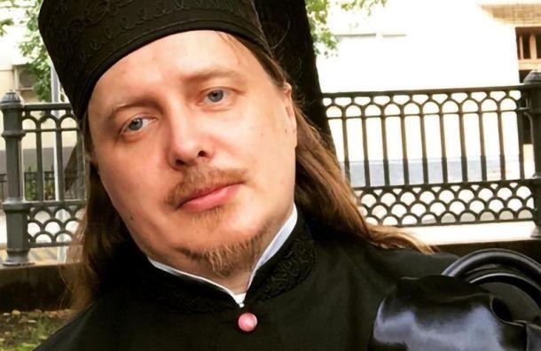 Священник вGucci пояснил «забренды» ипообещал закрыть Instagram