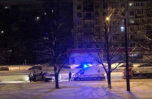 Водитель пострадал ваварии наГражданском проспекте