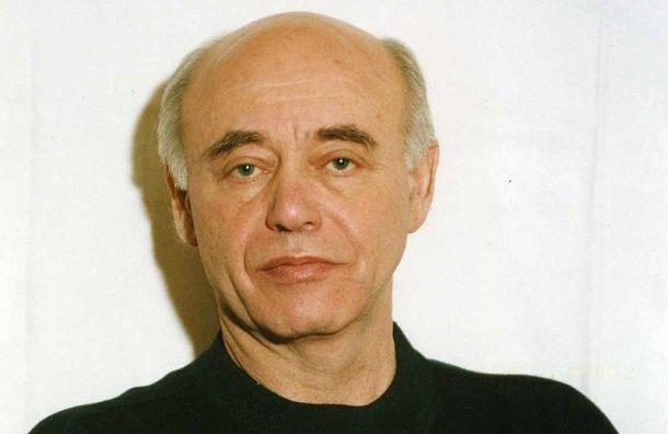 Умер писатель-фантаст Михаил Ахманов