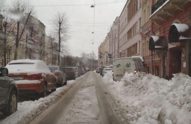 Прокуратура проверила уборку снега еще втрех районах Петербурга