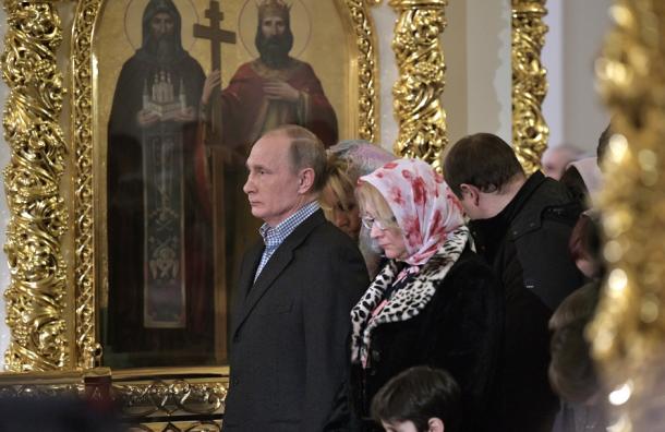 Путин прилетит вПетербург наРождество
