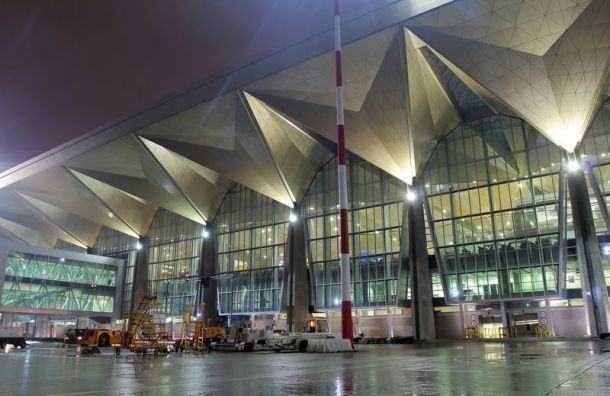 Аэропорт Пулково принял впраздники свыше 700 тысяч пассажиров