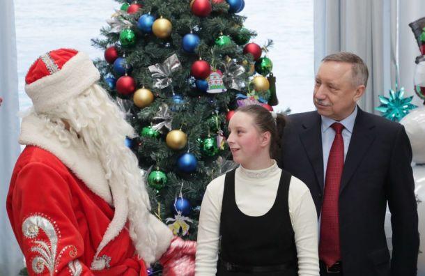 Беглов посетил детский дом-интернат вУшково