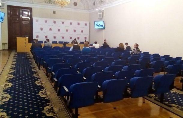Корреспондента «Эха Москвы вПетербурге» непустили вЗакС