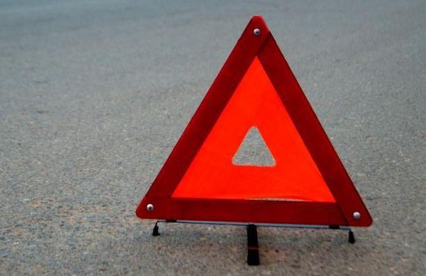 Двое пострадали ваварии савтобусом вЛенобласти