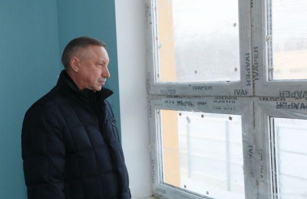 Беглов признал проблемы суборкой снега вПетербурге