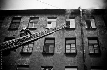 Пожилая женщина погибла при пожаре вкоммуналке наВасильевском