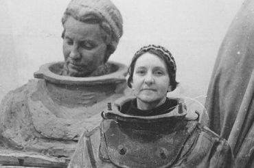 Мемориальную табличку советской женщине-водолазу установят вПетербурге