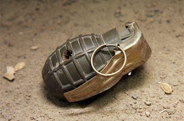 Под машину сотрудника ФСИН вПетербурге подложили гранату