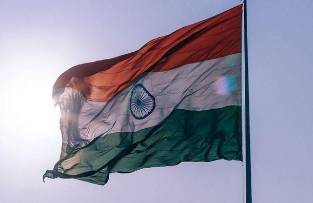 Житель Индии выплатил вПетербурге 2 млн рублей ради возвращения домой