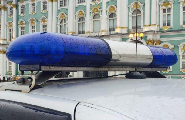 Три мигранта похитили мужчину ипотребовали унего 39 тысяч рублей