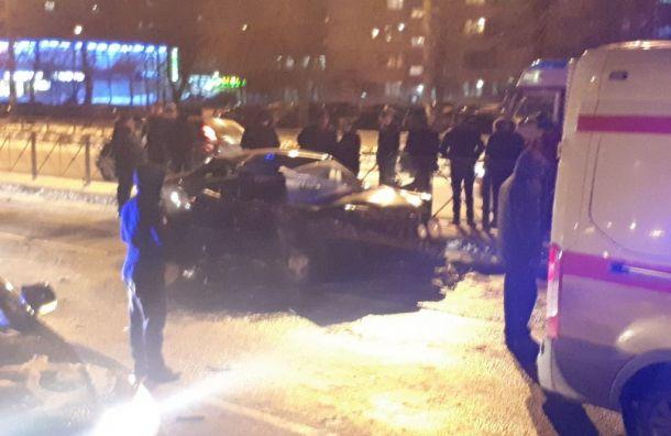Пассажир «Мерседеса» скончался после аварии с«Газелью» наСофийской