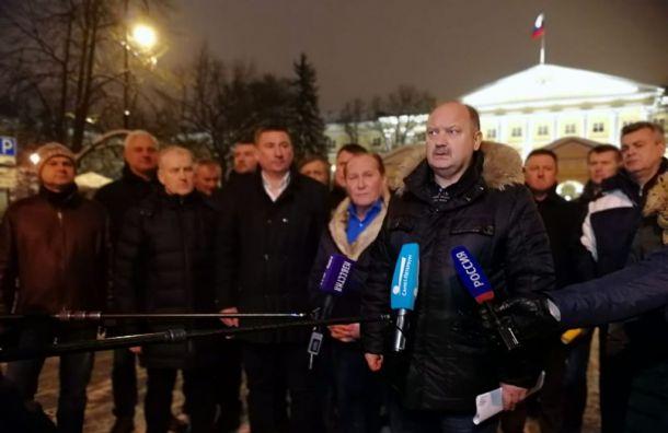 Бондаренко: Петербургу необходимо вчетыре раза больше кровельщиков