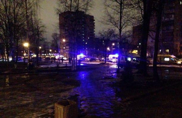 Пожарные спасли пожилую женщину при пожаре наАпрельской улице
