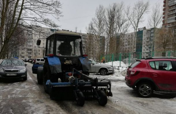 Бондаренко: вПетербурге отснега очистили более 90% дорог иулиц