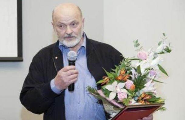 Скульптора Анатолия Дему госпитализировали синсультом