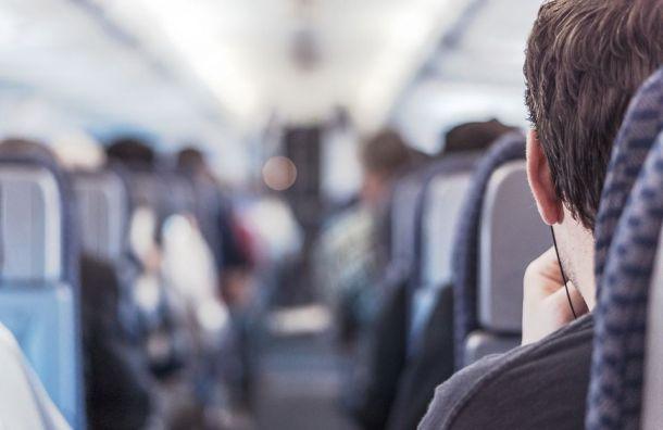 Самолеты изПетербурга почти сутки немогут вылететь вРостов