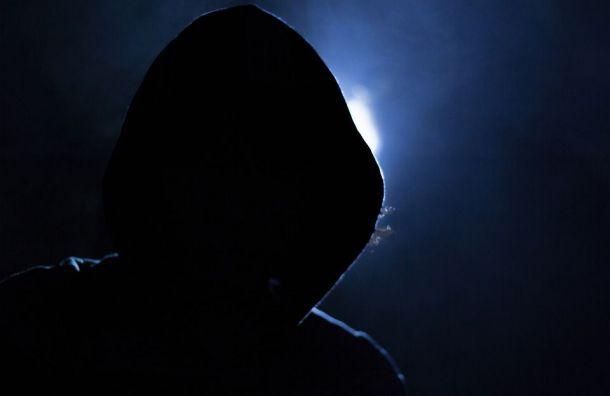 Двое неизвестных избили директора «Пятерочки» вЛенобласти