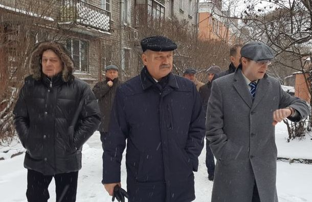 Бондаренко: сулиц Петербурга вывезли более 3 млн кубометров снега