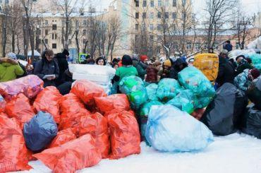 Петербуржцы смогут ввыходные сдать напереработку мусор