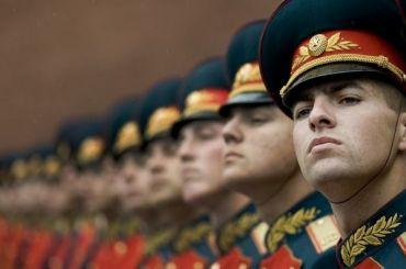 Российским военным запретили иметь смартфоны иобщаться соСМИ
