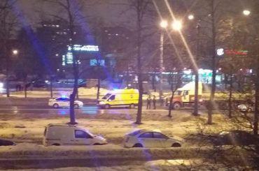 Фура насмерть сбила пешехода напроспекте Ветеранов