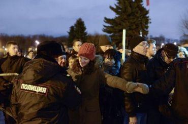 ЕРхочет запретить митинги надорогах поутрам ивечерам