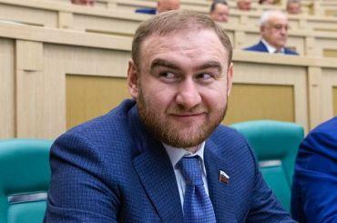 Большая часть россиян считает коррупцию проявлением общего разложения