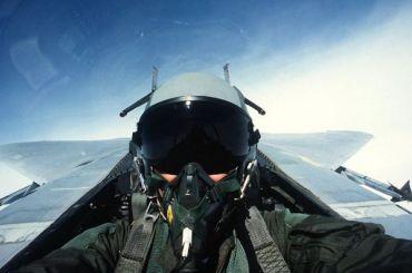 Российских летчиков икосмонавтов хотят научить дышать жидкостью