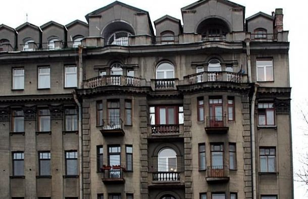 Утрачен витраж Дома Петрова наПионерской