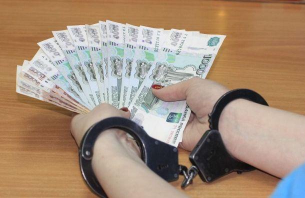 Бизнесмен пытался подкупить представителя оператора Пулкова