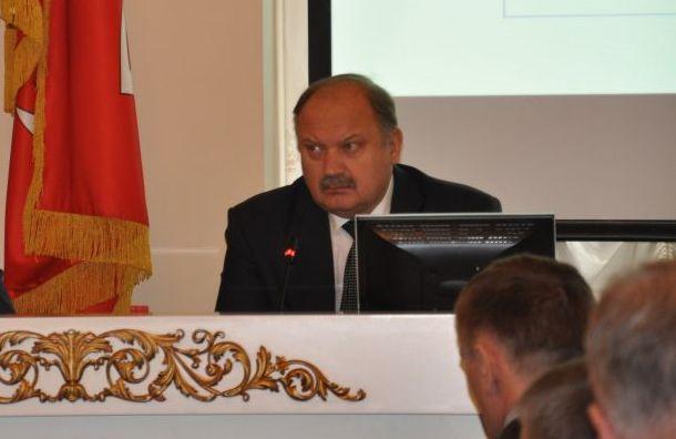 Бондаренко призвал сосредоточить внимание науборке дворов икровель