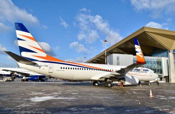 Непогода задержала вылет самолета изВоронежа вПетербург
