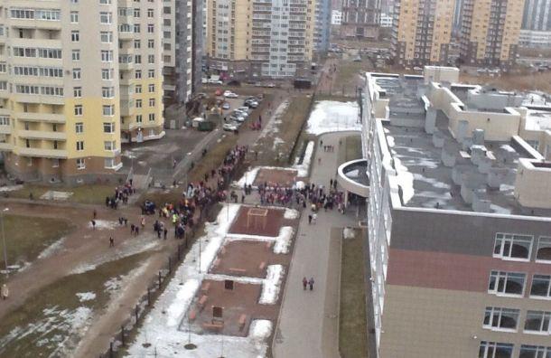 Лжеминер сорвал занятия внескольких школах Петербурга