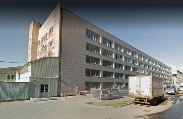 Росприроднадзор проверит завод «Армалит» из-за рыжего снега
