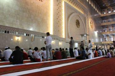 Неизвестный вНовой Зеландии расстрелял прихожан мечети