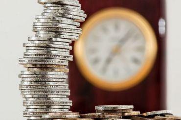 Повышение пенсий сверх прожиточного минимума приняли впервом чтении