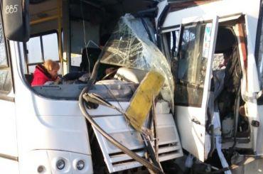 Пассажиры пострадали вДТП смаршрутками под Павловском