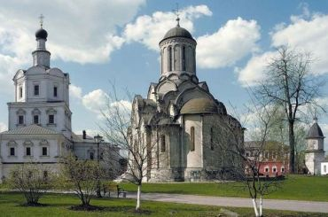 Патриарх Кирилл просит отдать РПЦ Спасо-Андроников монастырь вМоскве