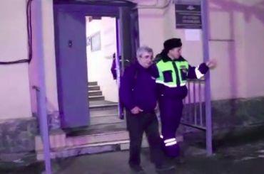 Водителя маршрутки вПетербурге задержали сгашишем