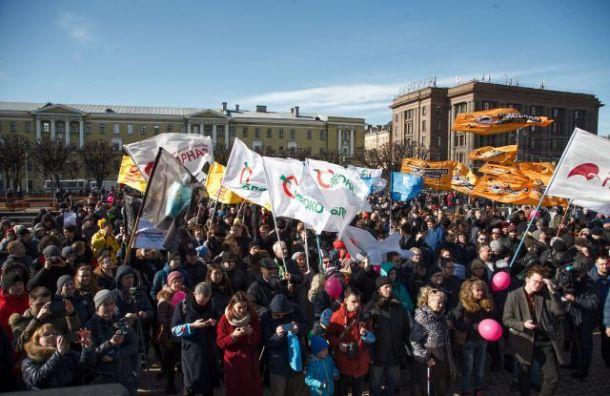 Резник предложил создать наПервомай общую колонну оппозиции Петербурга